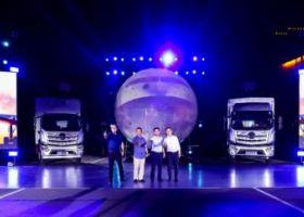 引航高歌 燃动齐鲁 全新一代欧航R系列超级卡车兰陵上市
